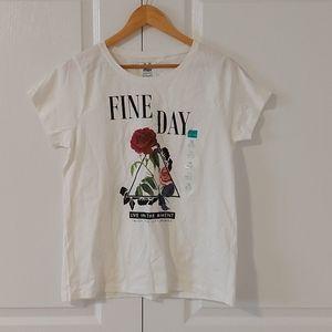🌟NWT tshirt